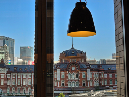 丸ビルのカフェから見た駅舎