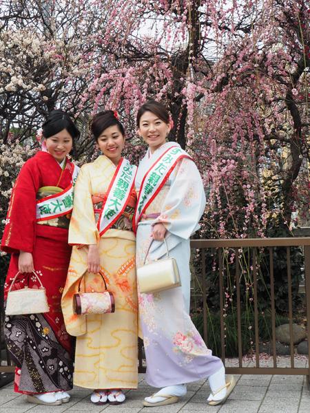 小村井香取神社の梅とすみだ親善大使