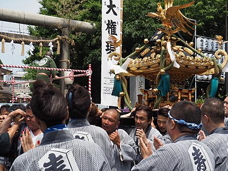 寿二の神輿