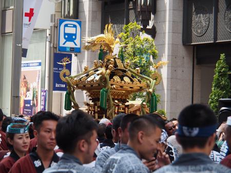 新宿三丁目の神輿