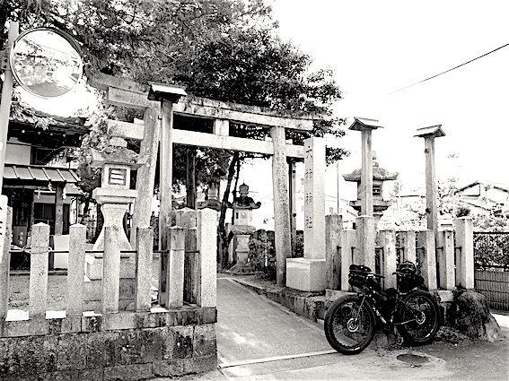 171215桑内神社二座1