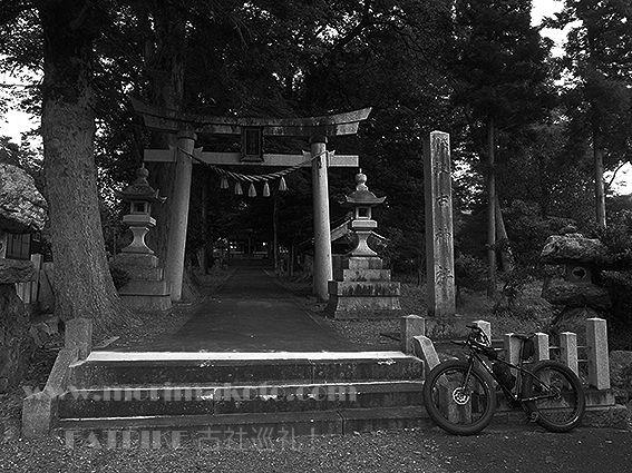 160725波古神社1