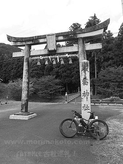 160825雷神社1