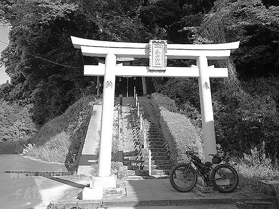 190509生馬神社東生馬2