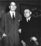 200px-Yoshida_visits_McArthur_1954
