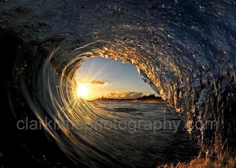 キレイな波の写真ギャラリー「Clark Little Photography 」