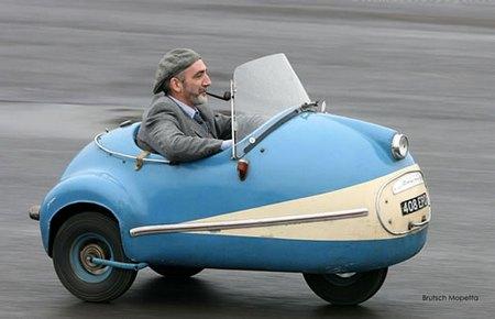 たぶん世界一この車が似合う紳士