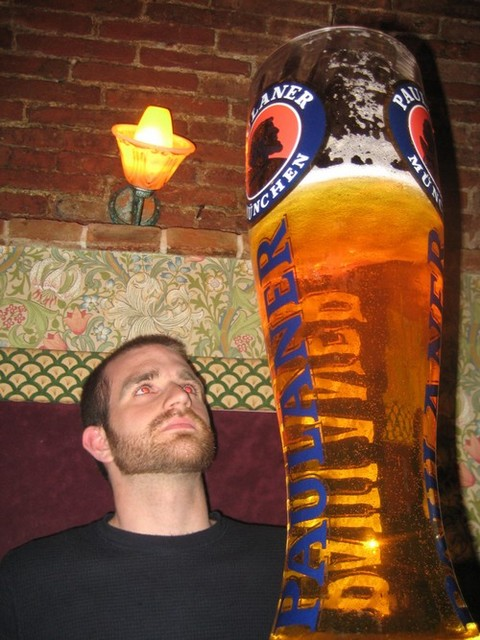 ビールお待たせしましたー