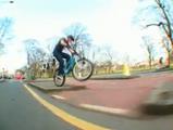 バイクトライアル選手 Danny Macaskill氏のストリートライディング