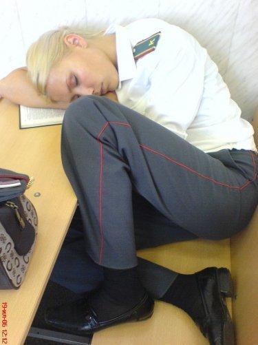 ロシアの居眠り婦警さん画像いろいろ