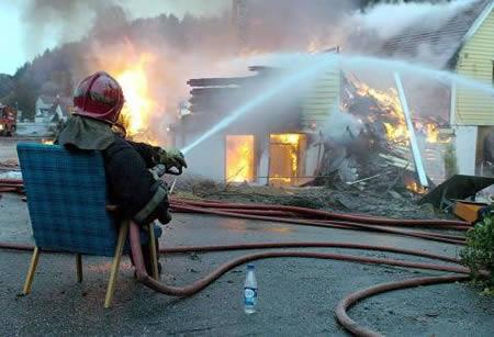 a97183_g121_1-fireman