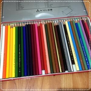 コロリアージュ 色鉛筆