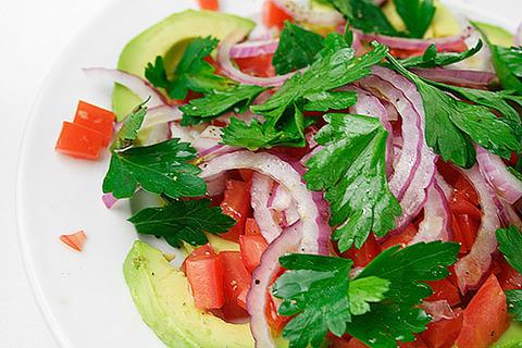 avocado-tomato-salad-11