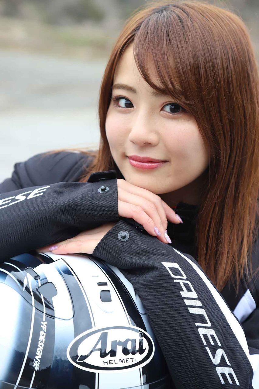 【美的】ダイナマイトボディ・平嶋夏海のバイクタレントがいい。】