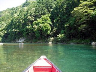 古座川は美しヨ