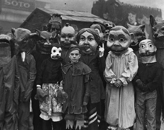 【1930年代】現代のハロウィンがいかにレベルが低いか分かる画像がこちら・・・
