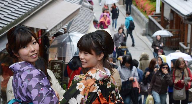 【悲報】外国人「日本は「あれもこれも禁止」で息苦しい」
