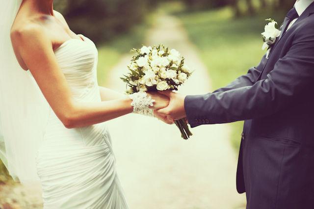 彼女ができれば、結婚ができれば全てが救われると思っている人