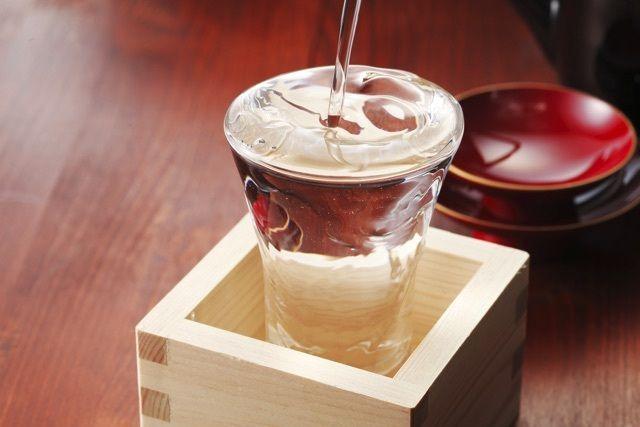 【朗報】滋賀の幻の清酒が444年ぶりに復活wwwwwwwwwwwwwwwwwwwwww