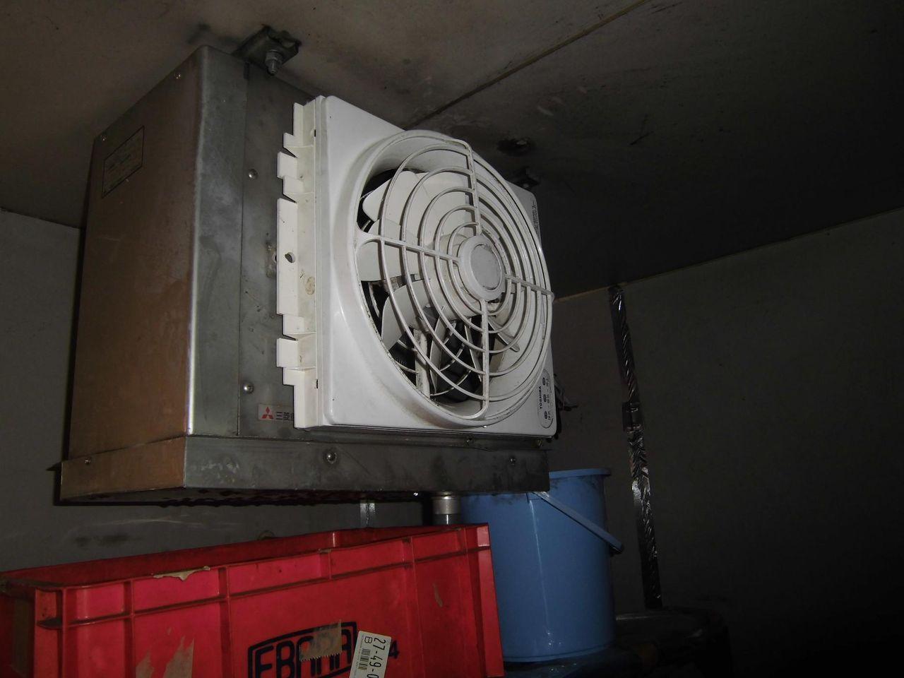 冷蔵庫 ファン 交換