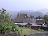 雨のかやぶきの里北村3