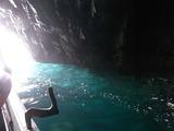 青の洞窟の中1