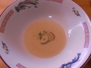 佐野ラーメン叶屋のラーメンのスープを飲み干したところ