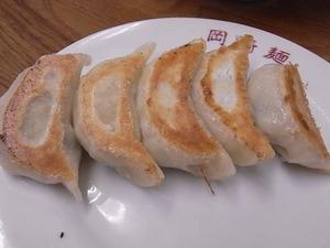 佐野ラーメン岡崎麺の餃子全体