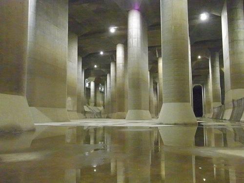 首都圏外郭放水路庄和排水機場 地底探検ミュージアム龍Q館 地下神殿