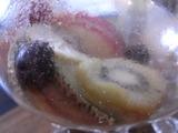 飲み終わったフルーツティーのアップ1