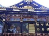 拝殿の壁面装飾1