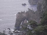 北山崎第一展望台から見る洞穴2