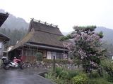 雨のかやぶきの里北村2