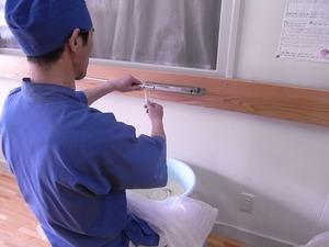 稲庭うどん佐藤養助商店製造体験コース先生の綯う作業1