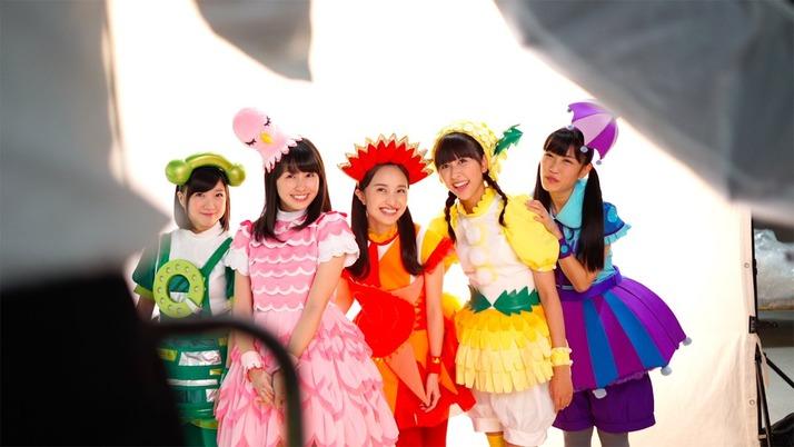 【エンタメ画像】【11/1】本日のももクロ情報♪ももくろちゃんZ連載「たのしい幼稚園 12月号」発売日♪しおりんインスタ更新「Happy halloween」♪杏果、昨日 新宿タワレコへ?