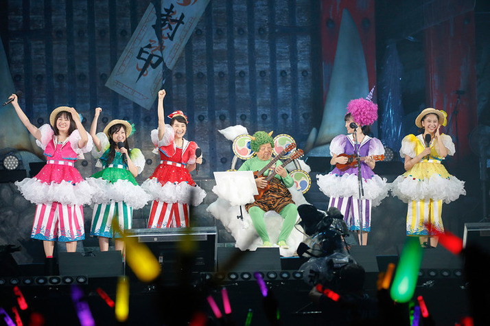 news_header_momoirocloverZ_tojinsai2016_01