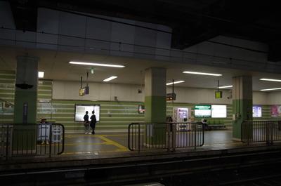 長原駅ホーム