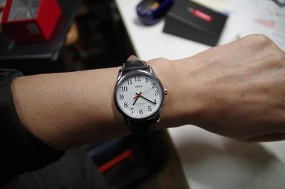 TIMEX イージーリーダー(腕に付けた)
