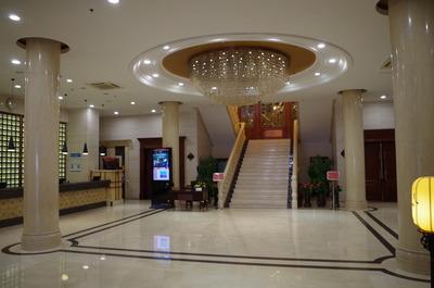 現在の長春ヤマトホテル(ロビー)