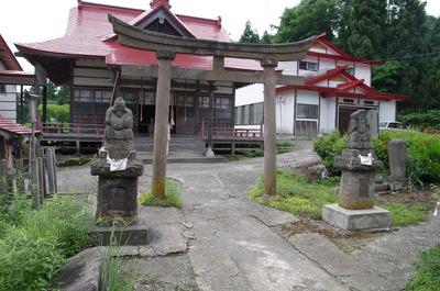 岩木山神社末社の名状しがたい狛犬のようなもの