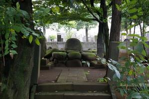 賀茂真淵墓2