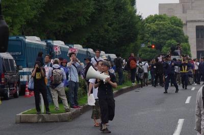 8月30日の警察車両
