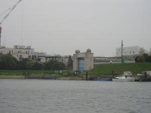 川崎河口水門