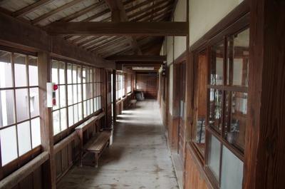岬の分教場(廊下)