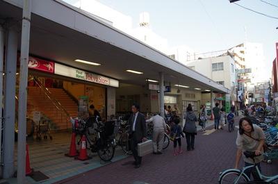 長原駅入り口