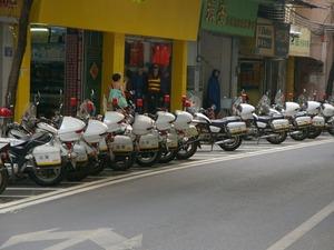 広州の白バイ軍団(1024x768)