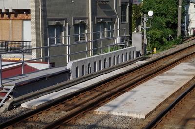 立体交差を線路から見たところ