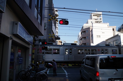 蓮沼駅(五反田方面踏切)