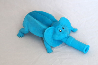 青いイグアナ