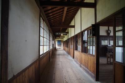岬の分教場セット(廊下)